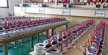 圣元电源变压器老化测试中