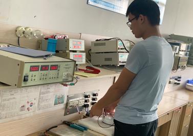环形变压器电压测试中