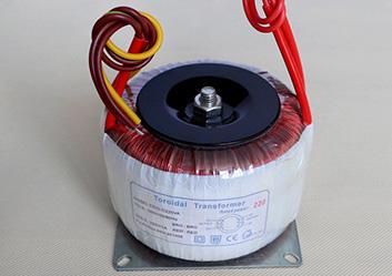 隔离变压器EEIO-GL220W-380V/220V